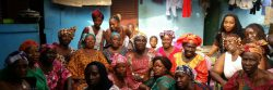 Un groupe de femme bénéficiaires du programme WAKILI
