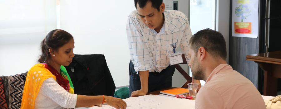 Atelier microfinance sociale au Myanmar